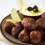 greek-meatballs-feature